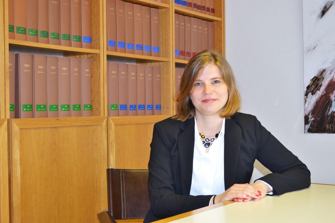 Rechtsanwältin Janina Tzschoppe ist spezialisiert auf Familienrecht und Verkehrsrecht in Dinslaken.